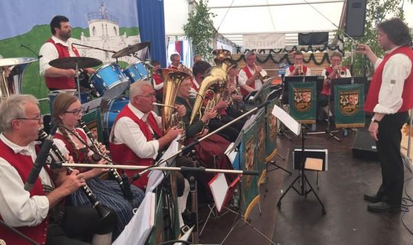 Link zum Artikel «Rückblick Pfingstfest 2015»
