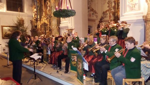 Link zum Artikel «Gelungenes Weihnachtskonzert in vollbesetzter Wallfahrtskirche»